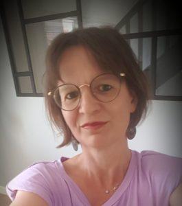 Carine 46 ans, 1 méningiome – 4 opérations